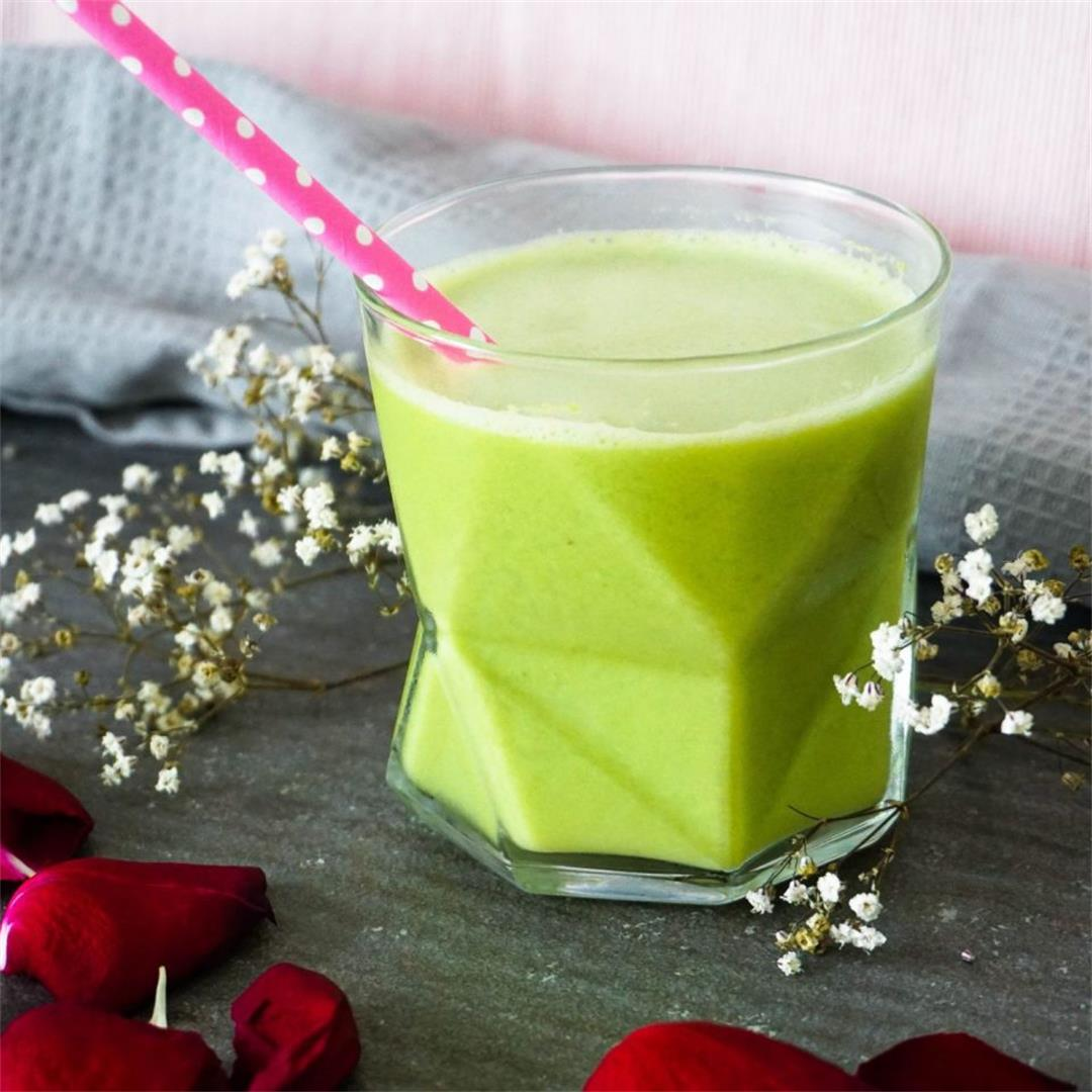 Easy Melon Oat Smoothie (4 Ingredients)