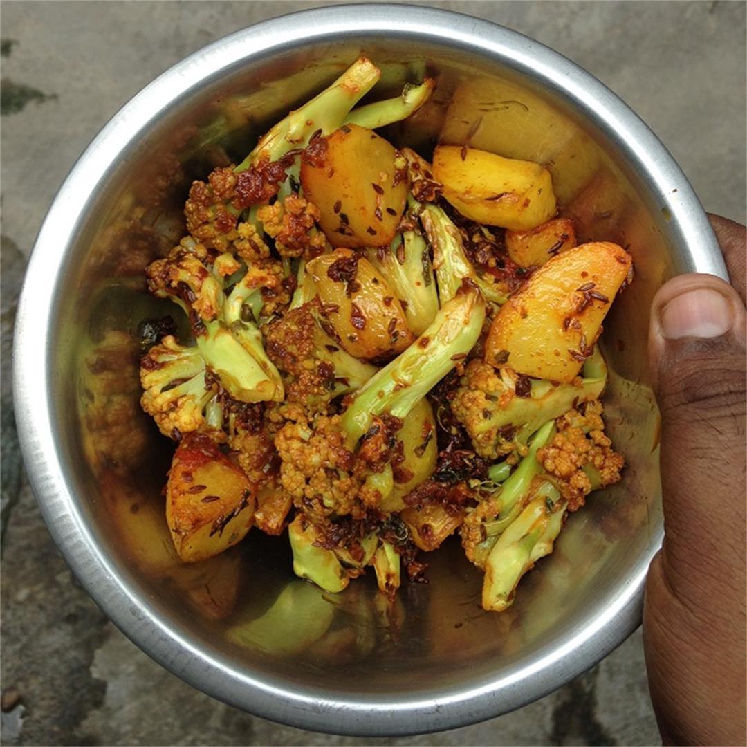Punjabi aloo gobi dry recipe dhaba style