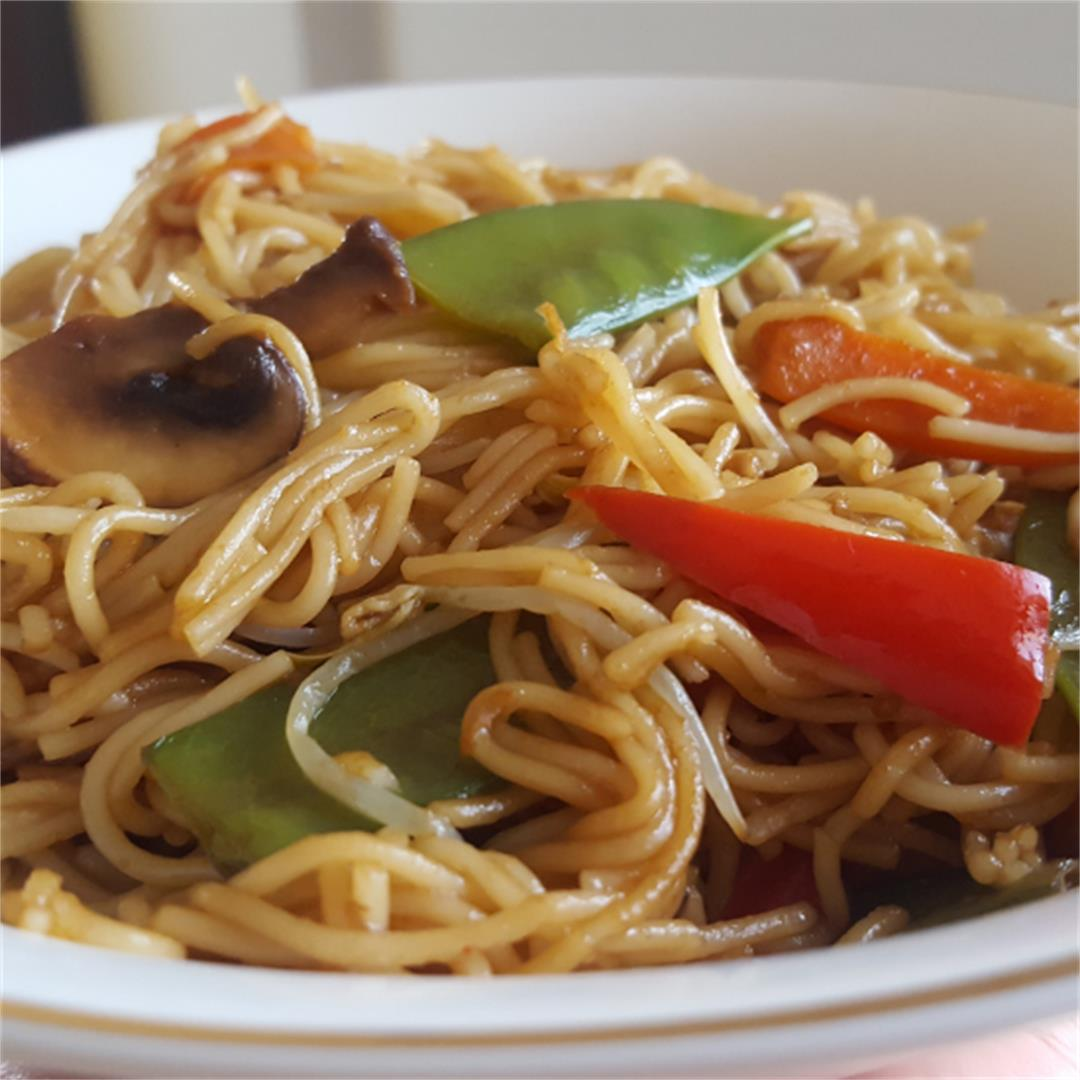 Easy Vegetable Teriyaki Noodles
