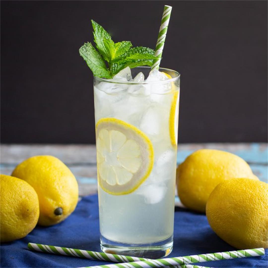 Sweet & Tart Homemade Lemonade