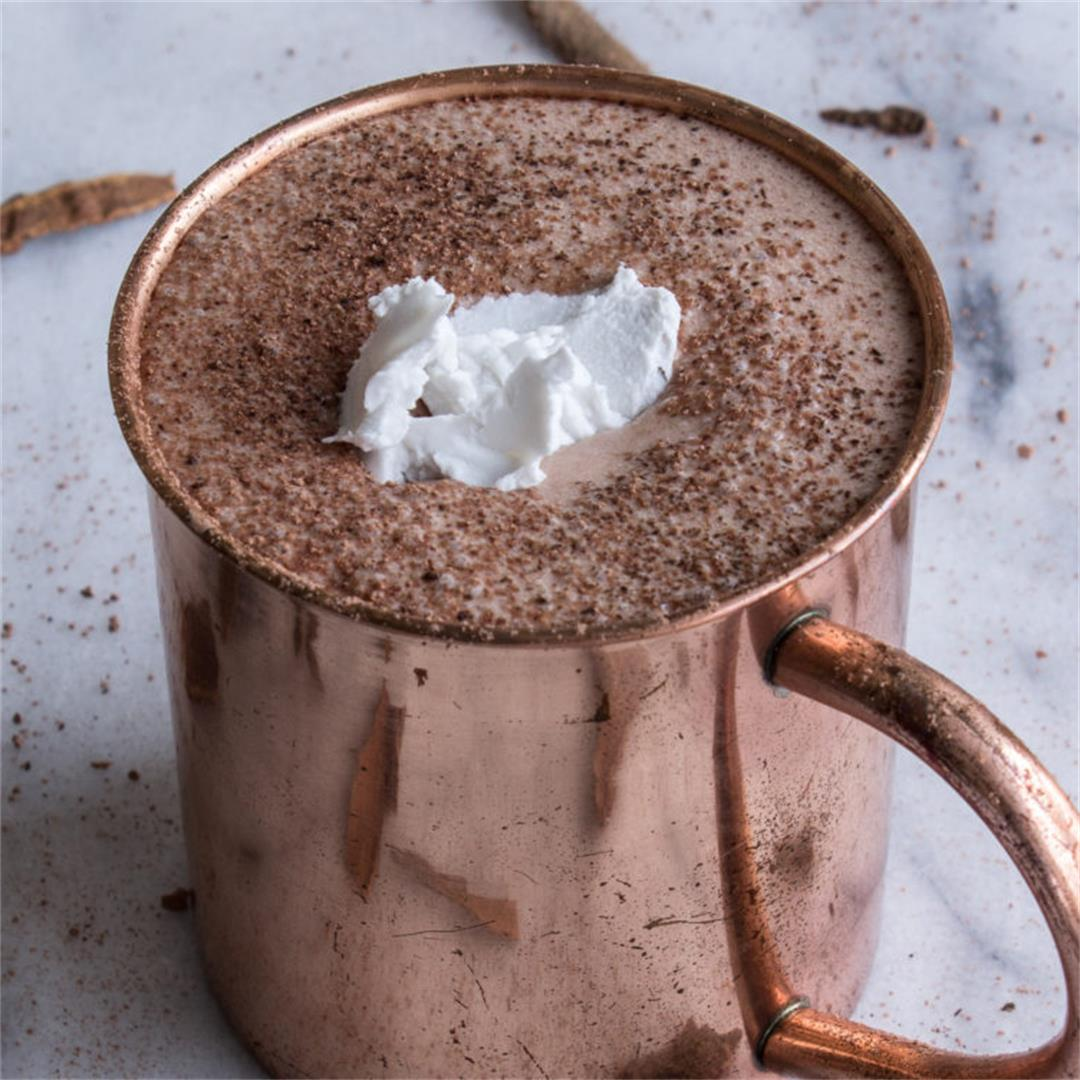 DIY Vegan Hot Chocolate (sugar-free)