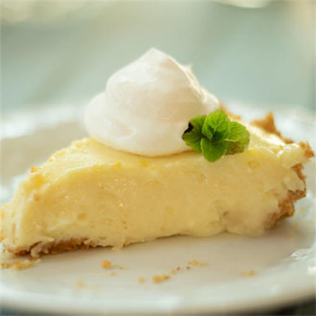 Creamy Lemon Icebox Pie