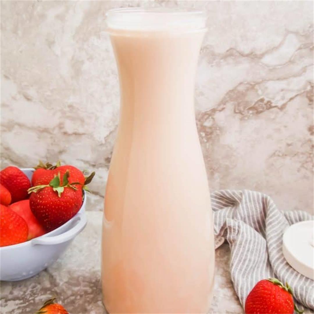 Homemade Strawberry Almond Milk (Paleo, GF)