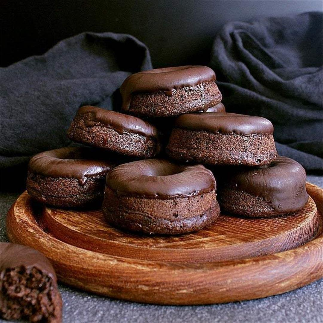 Mini Keto Chocolate Donuts