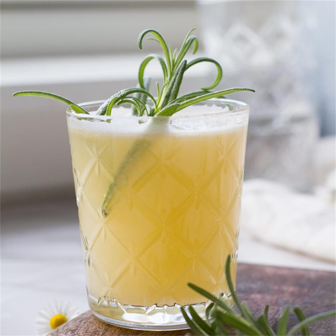 Apricot Rosemary Gin Fizz (+ Classic Version)