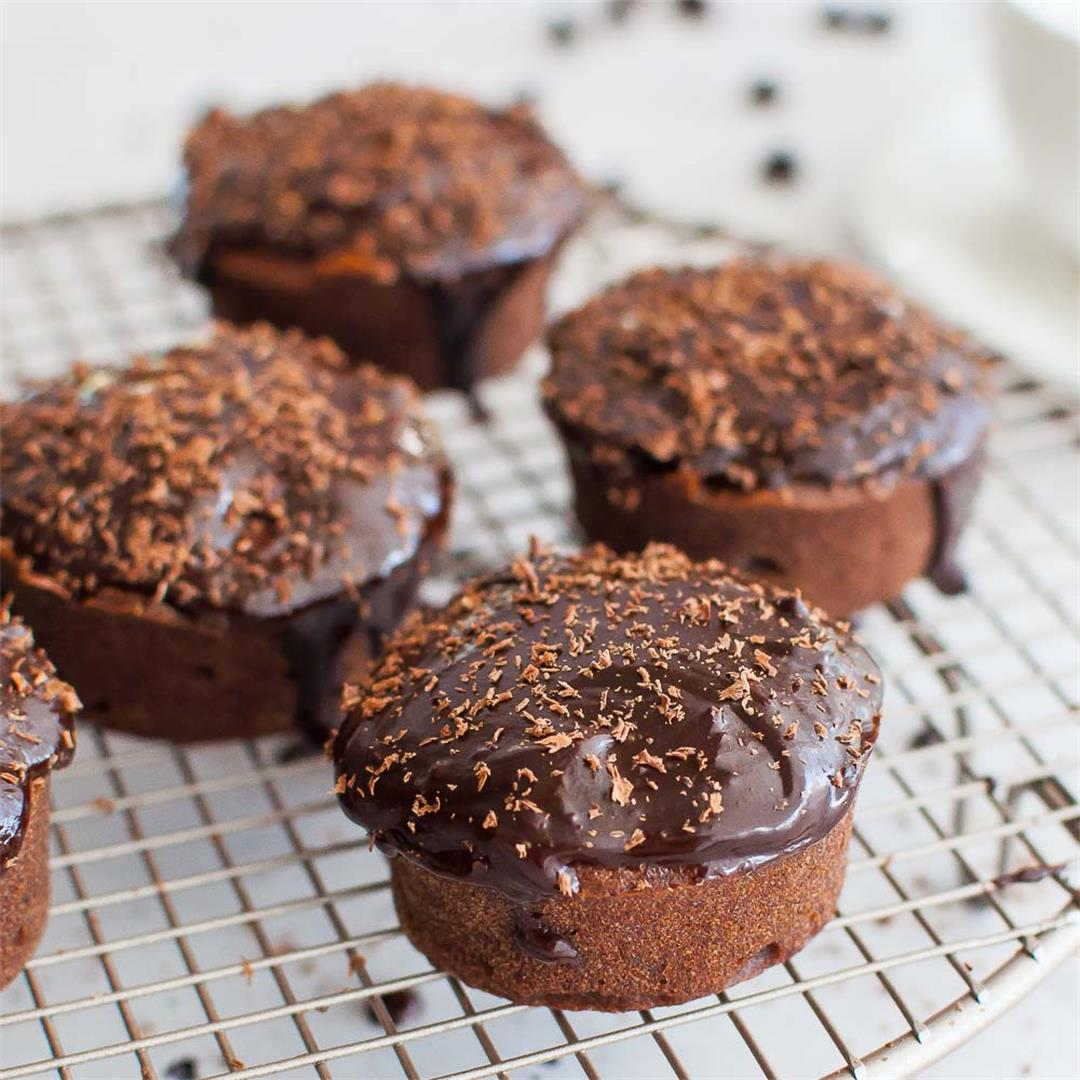 Simple Chocolate Earl Grey Cupcakes with Chocolate Ganache