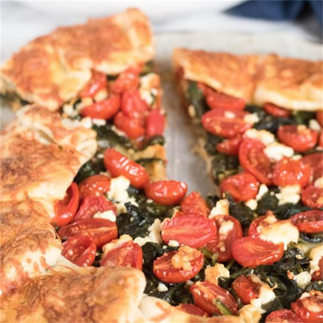 SAVORY SPINACH AND CHERRY TOMATO GALETTE RECIPE ~ Comfort & Pea