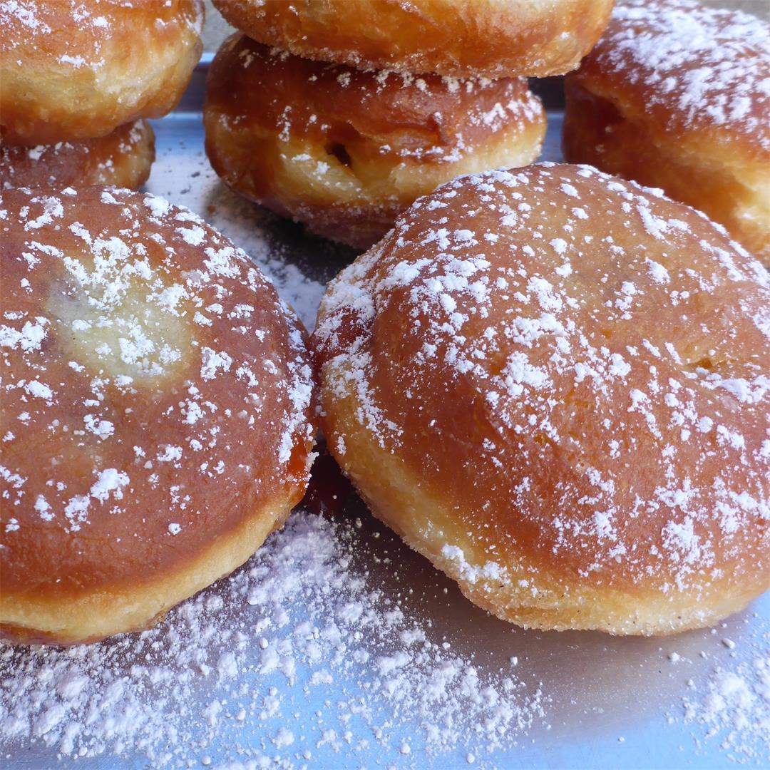 Best German jelly doughnuts (Berliner) flavored with rum