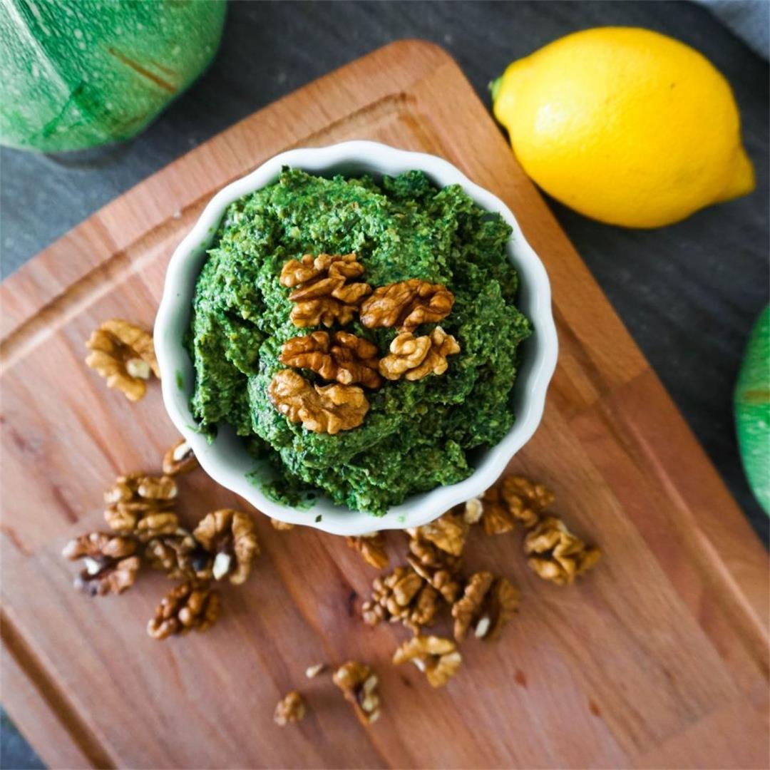 Classic Kale Pesto (Gut-friendly)