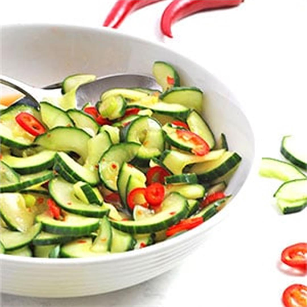 Spicy 5-minute cucumber salad
