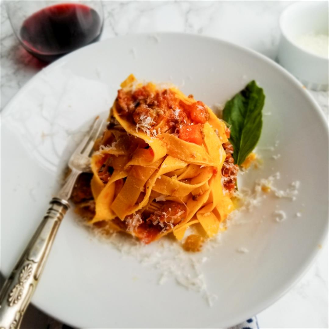 AN INSPIRED SPIN ON THE CLASSIC BOLOGNESE ~ Comfort & Peasant