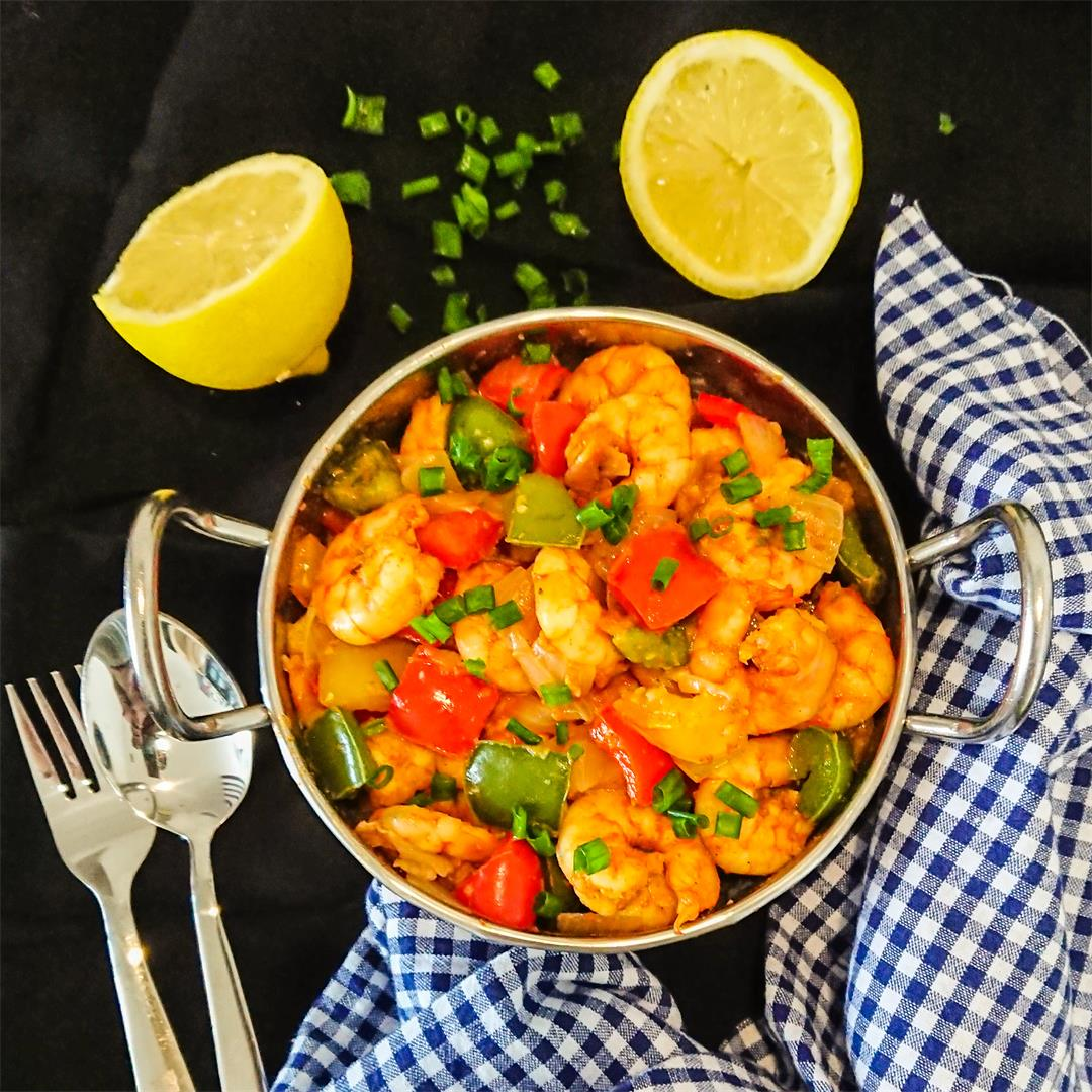 5-ingredient garlic prawns with peppers