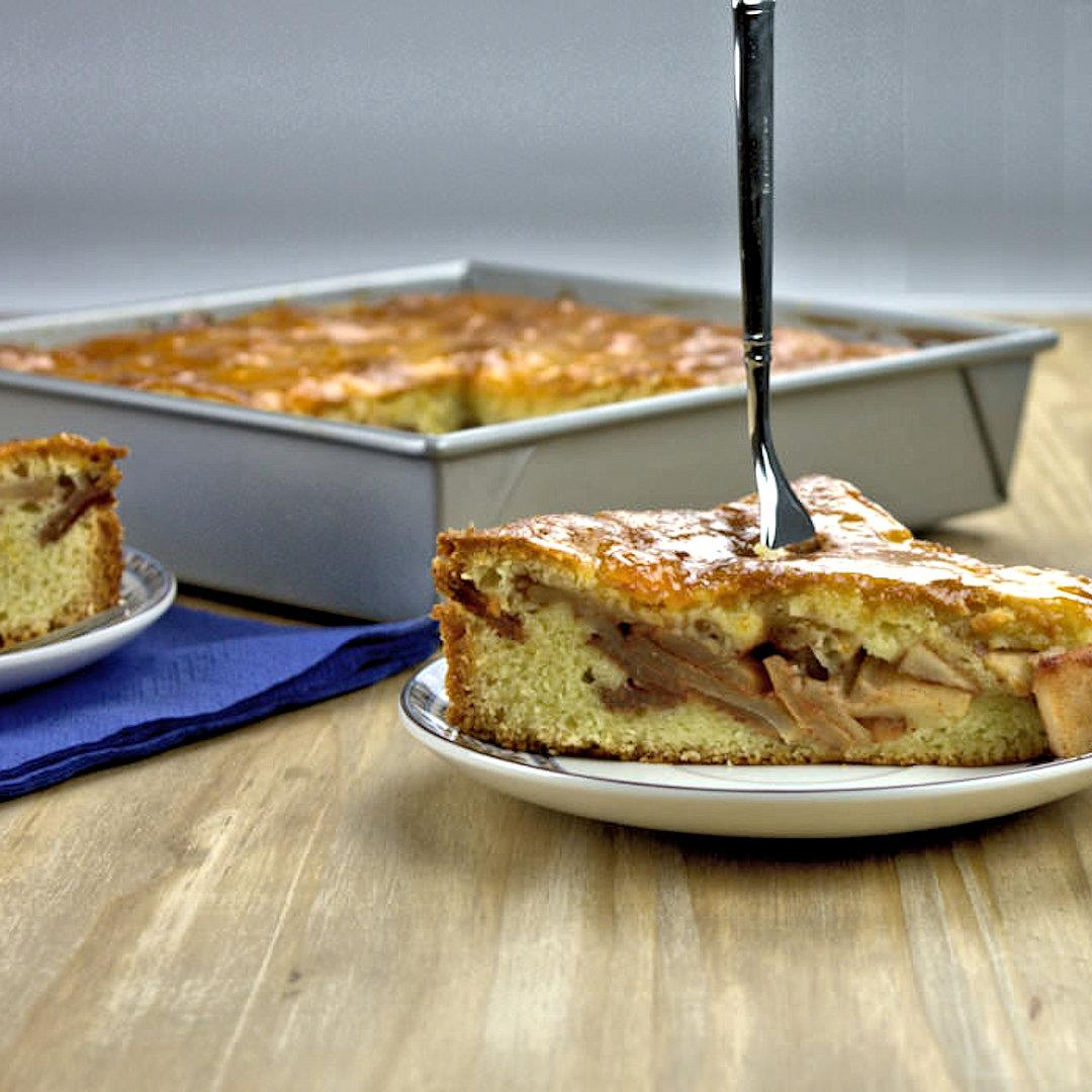 Two Layer Apple Banana Cake – A Gourmet Food Blog