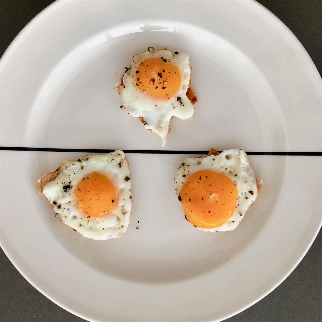mini fried eggs