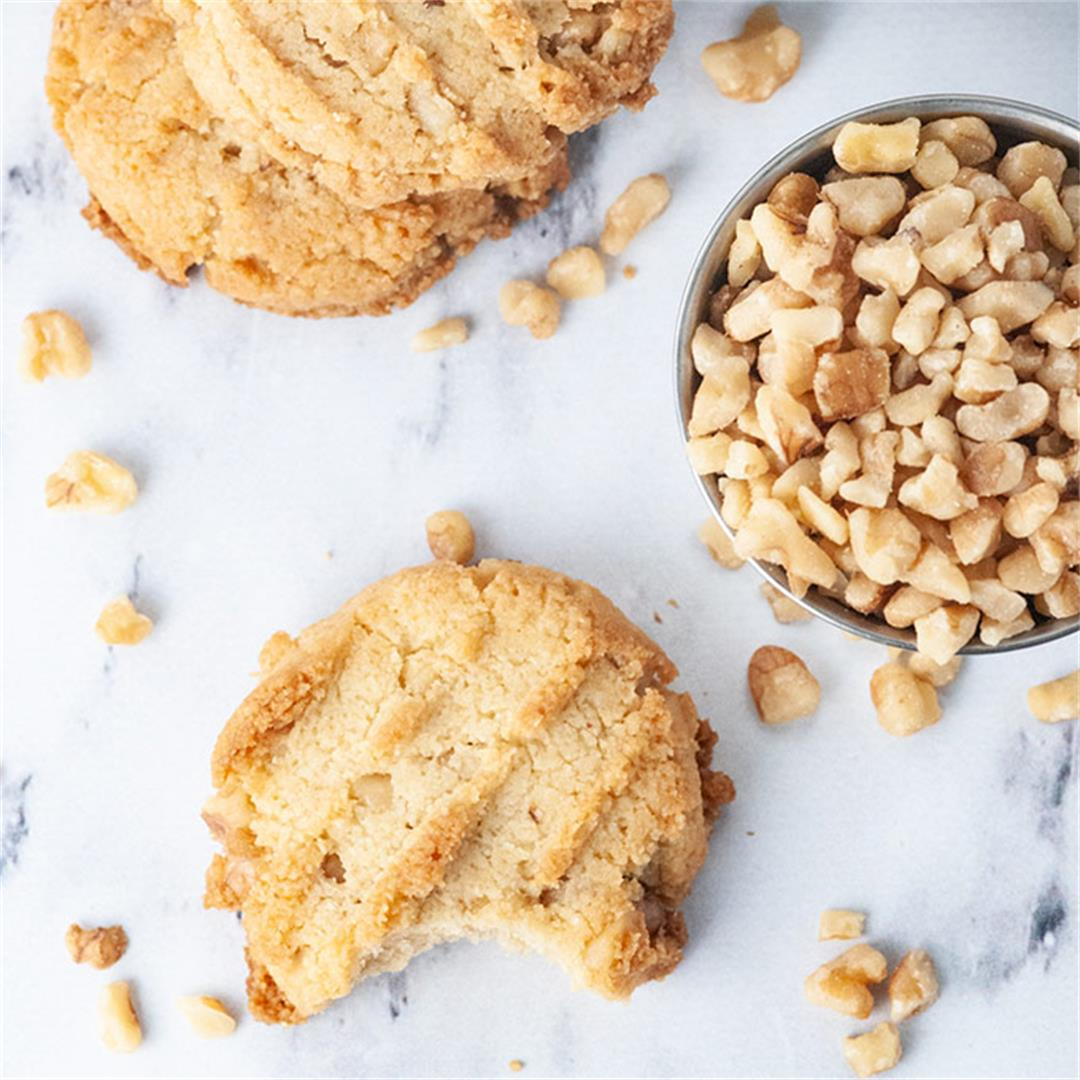 Almond flour cookies with walnuts (diabetic and Keto friendly)