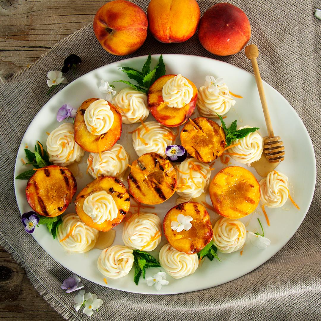 Grilled Peaches and Honey Whipped Mascarpone Cheese