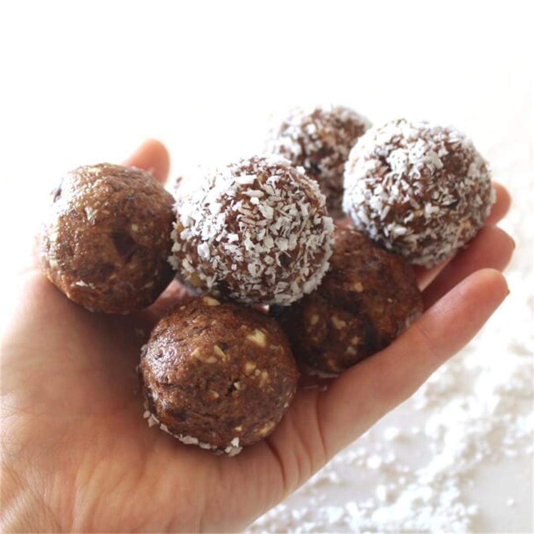 Cacao Coconut Date Bliss Balls