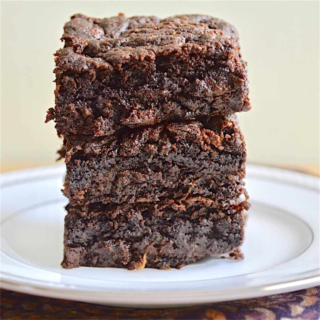 Fudgy Zucchini Brownies - Jeanie and Lulu's Kitchen