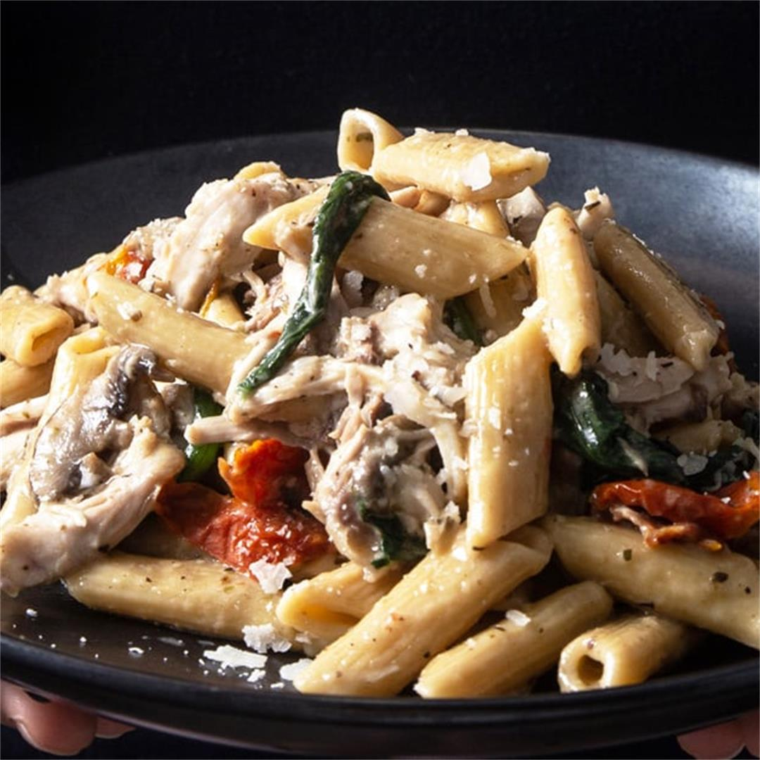 Instant Pot Italian-Inspired Tuscan Chicken Pasta