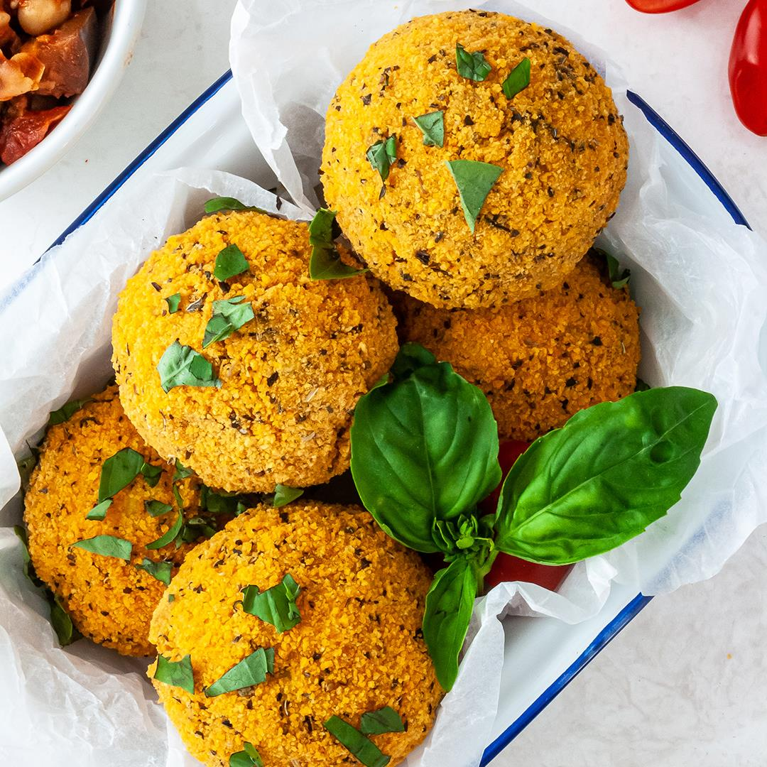 Vegetarian Arancini With Aubergines and Chickpeas