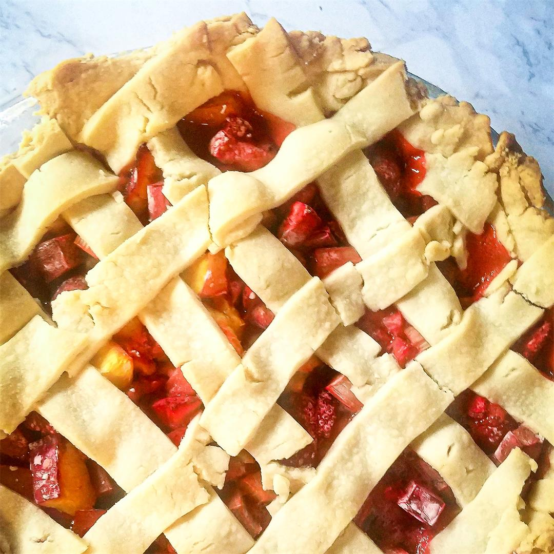 Strawberry Nectarine Rhubarb Pie