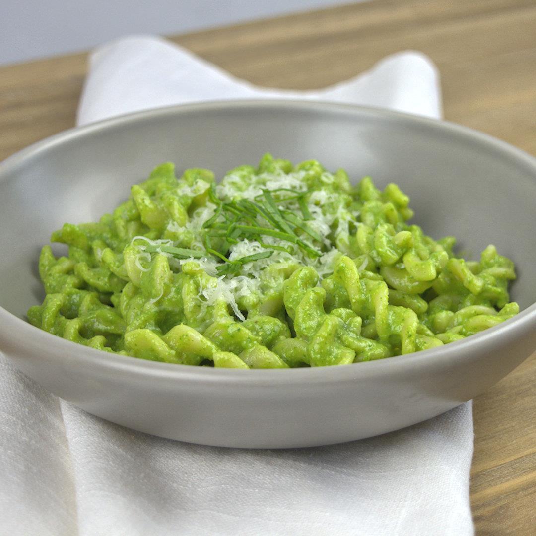 No Guilt Avocado Spinach Pasta – A Gourmet Food Blog
