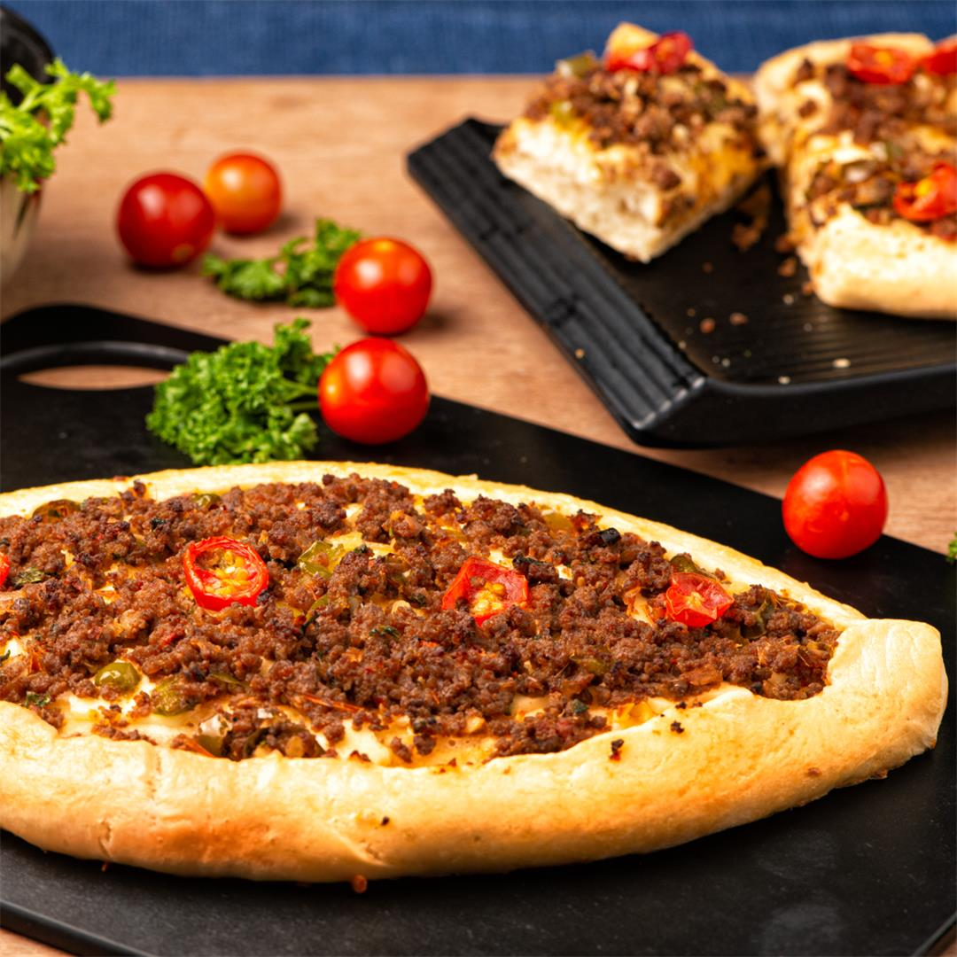 Turkish Pide /Turkish Pizza/ Turkish Flatbread/ Pide