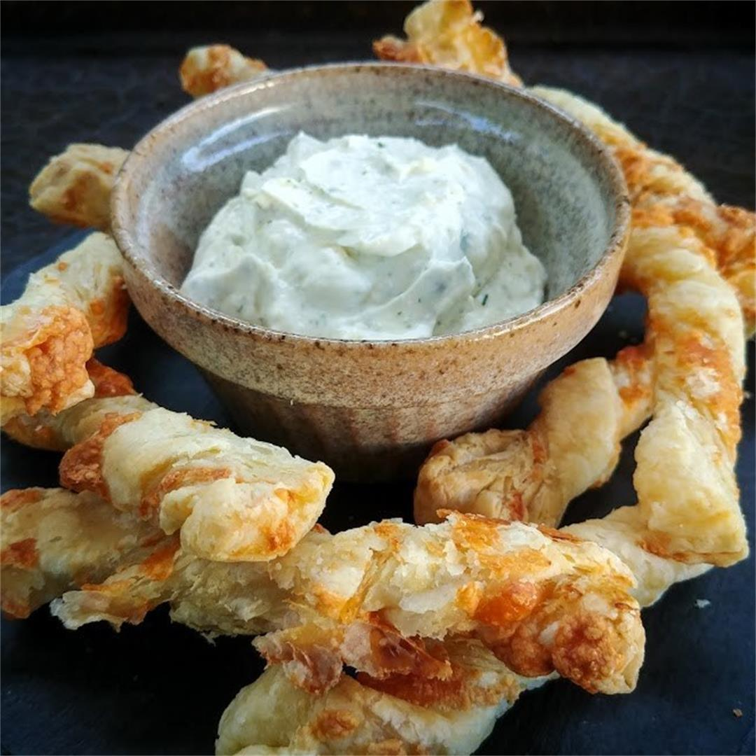 Cheese Puff Pastry Twists