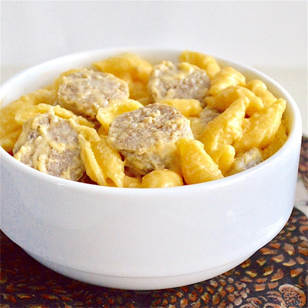 Bratwurst and Beer Mac and Cheese - Jeanie and Lulu's Kitchen