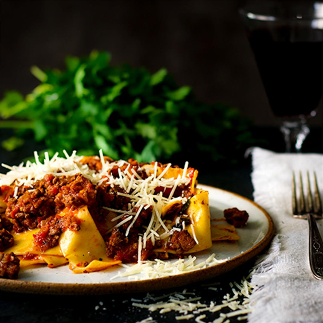 Bolognese Sauce {with Bacon and Wine}