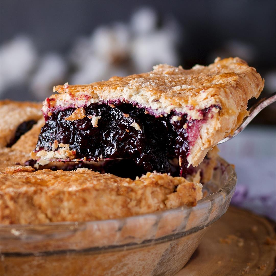 The {Best} Blueberry Pie Recipe • Pie