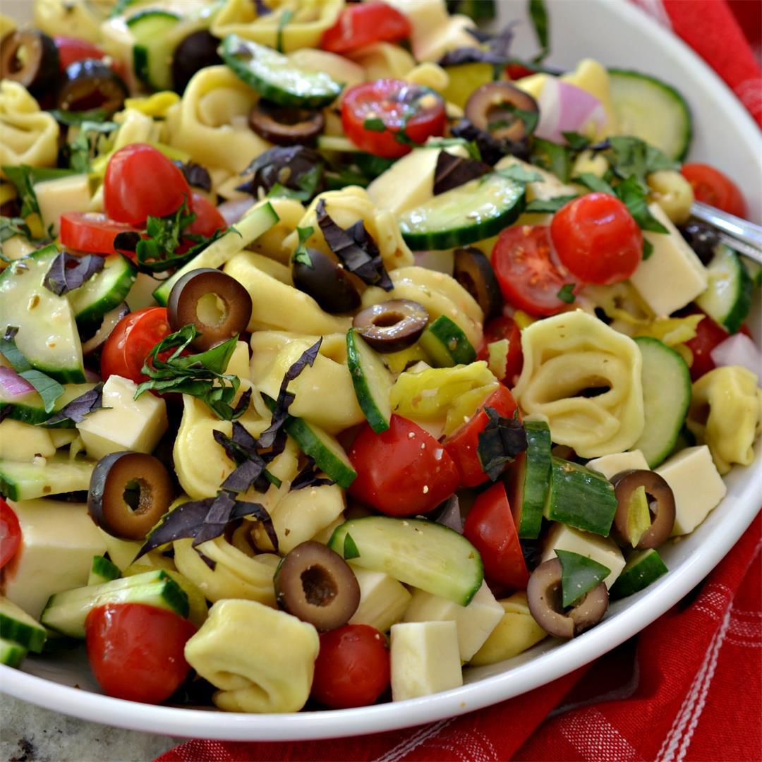 Tortellini Pasta Salad (Vegetarian)
