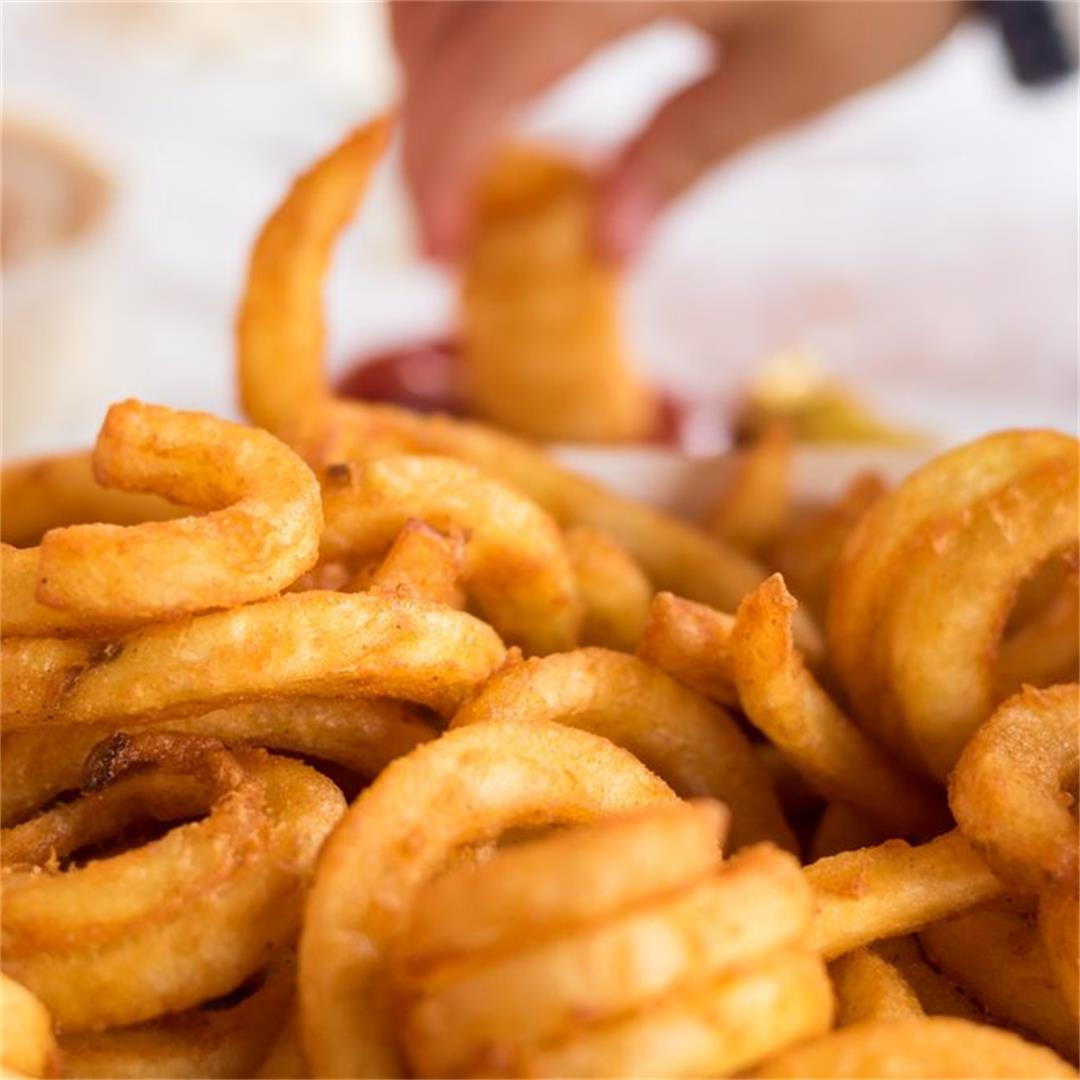Air Fryer Frozen Curly Fries