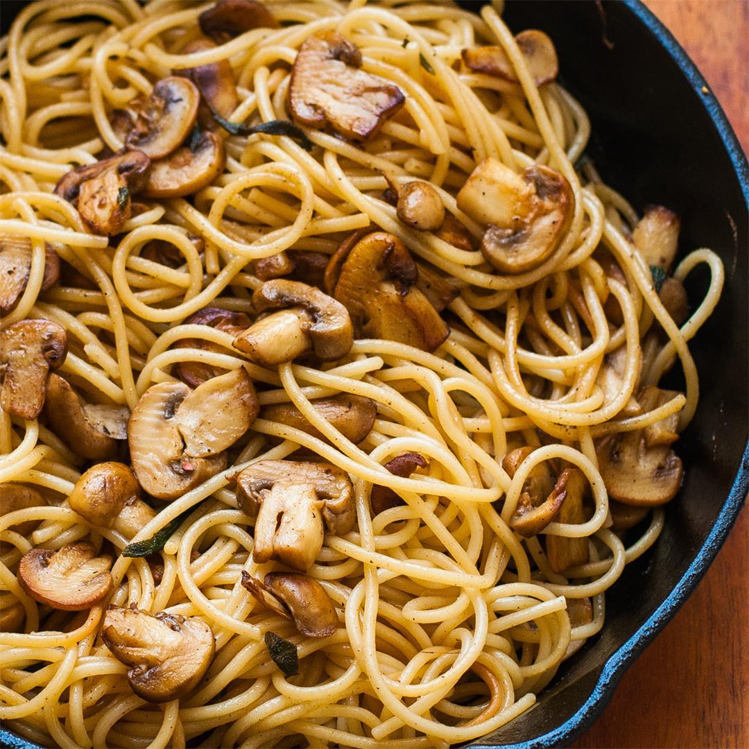 Pasta in Mushroom Butter Garlic Sauce