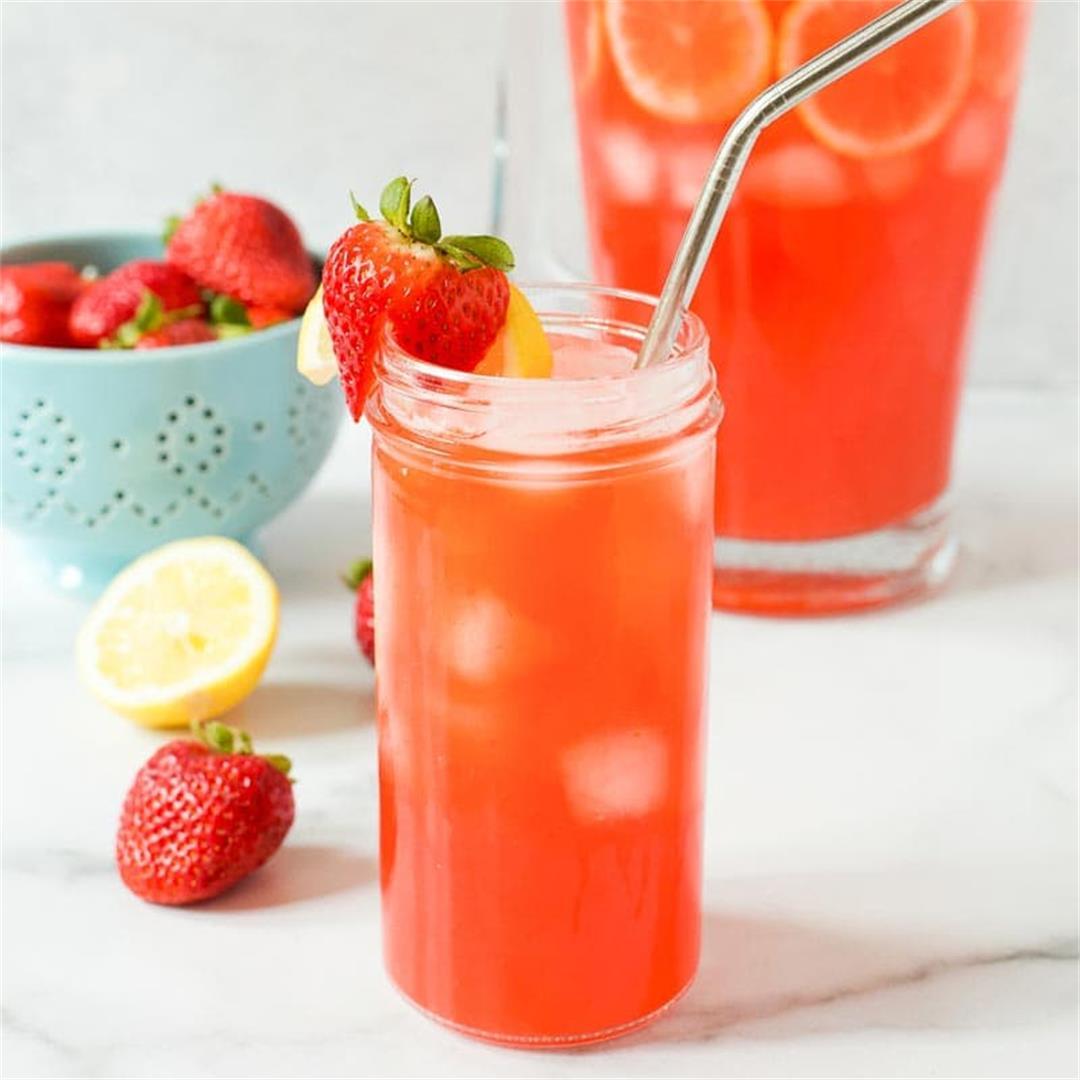 Sparkling Strawberry Lemonade (Low Sugar)
