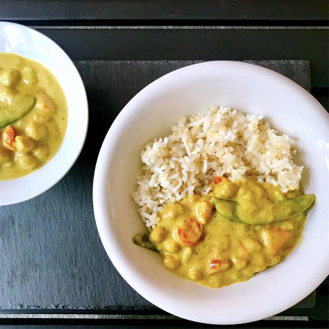 Creamy Coconut Curry With Chickpeas and Vegetables (Vegan/Glute