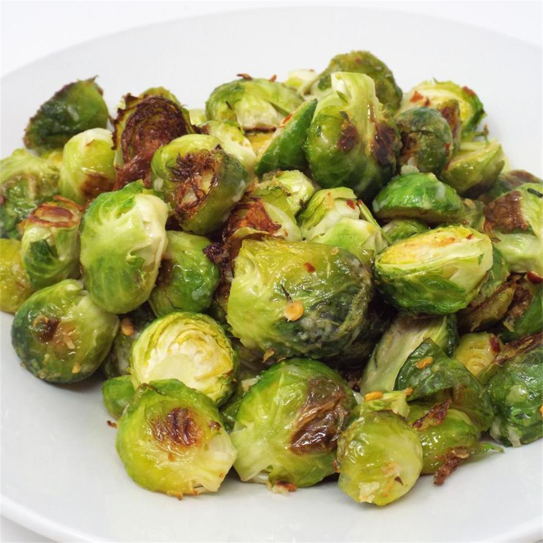 Spicy Parmesan Roasted Brussels Sprouts