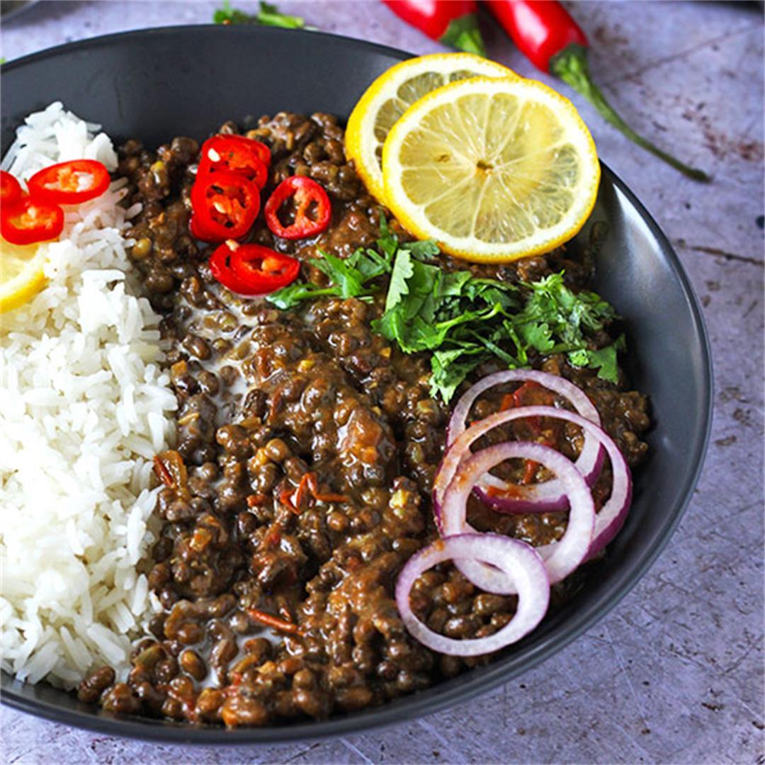 Dal Makhani: Black lentil Dahl