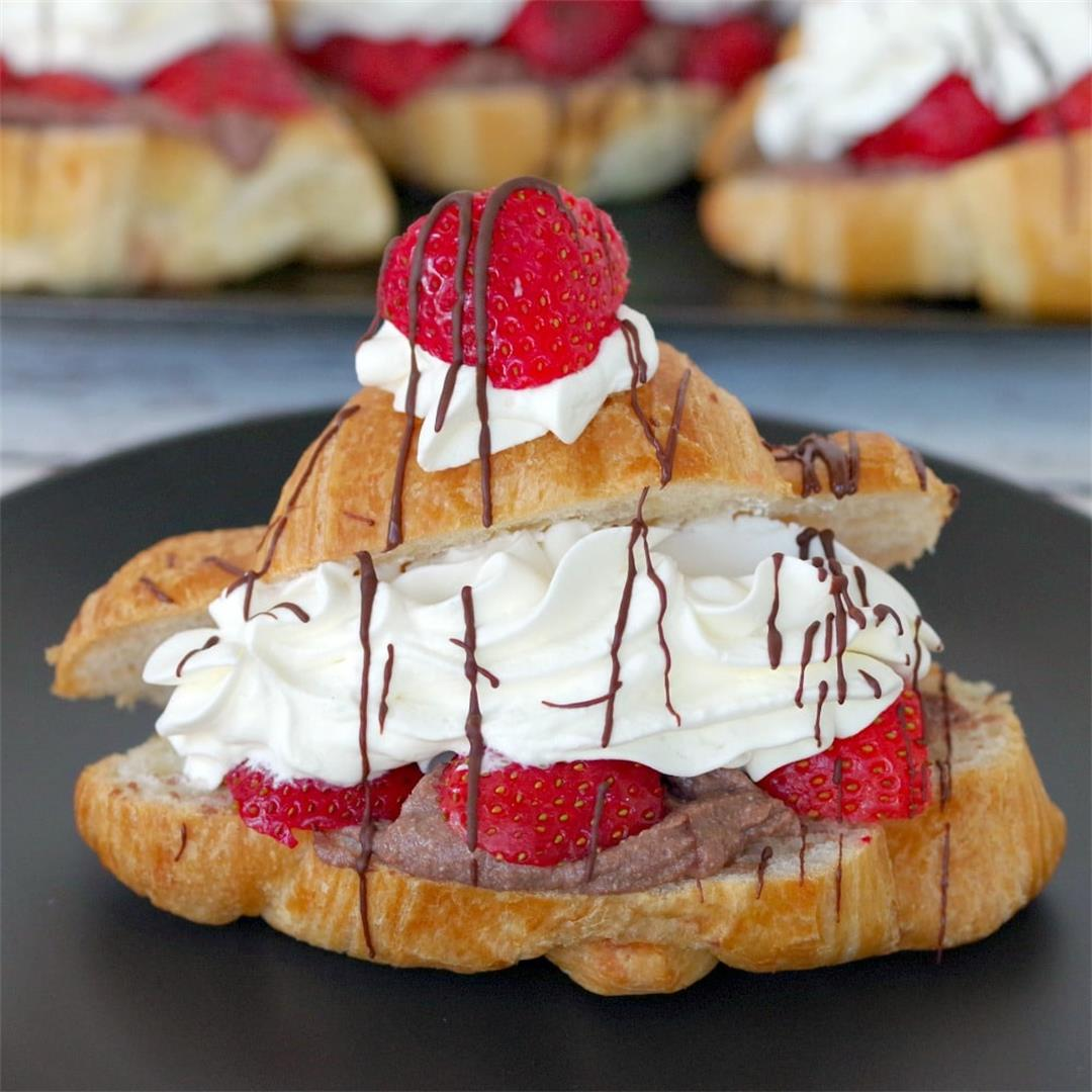 Strawberry Tiramisu Mini Eclairs