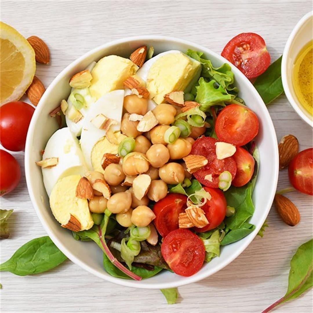 Quick Mixed Greens & Egg Salad