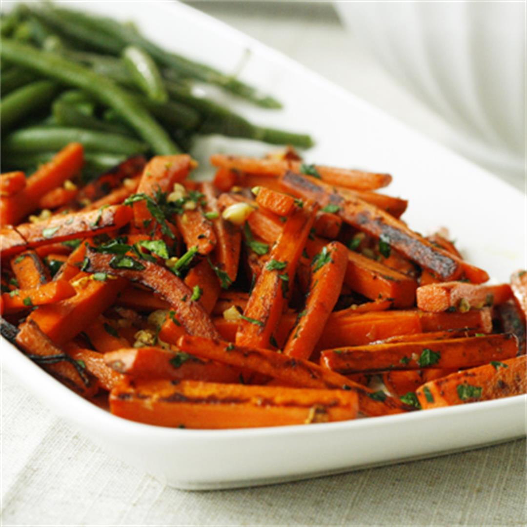 Garlic Parsley Carrots are a Side Dish to Remember