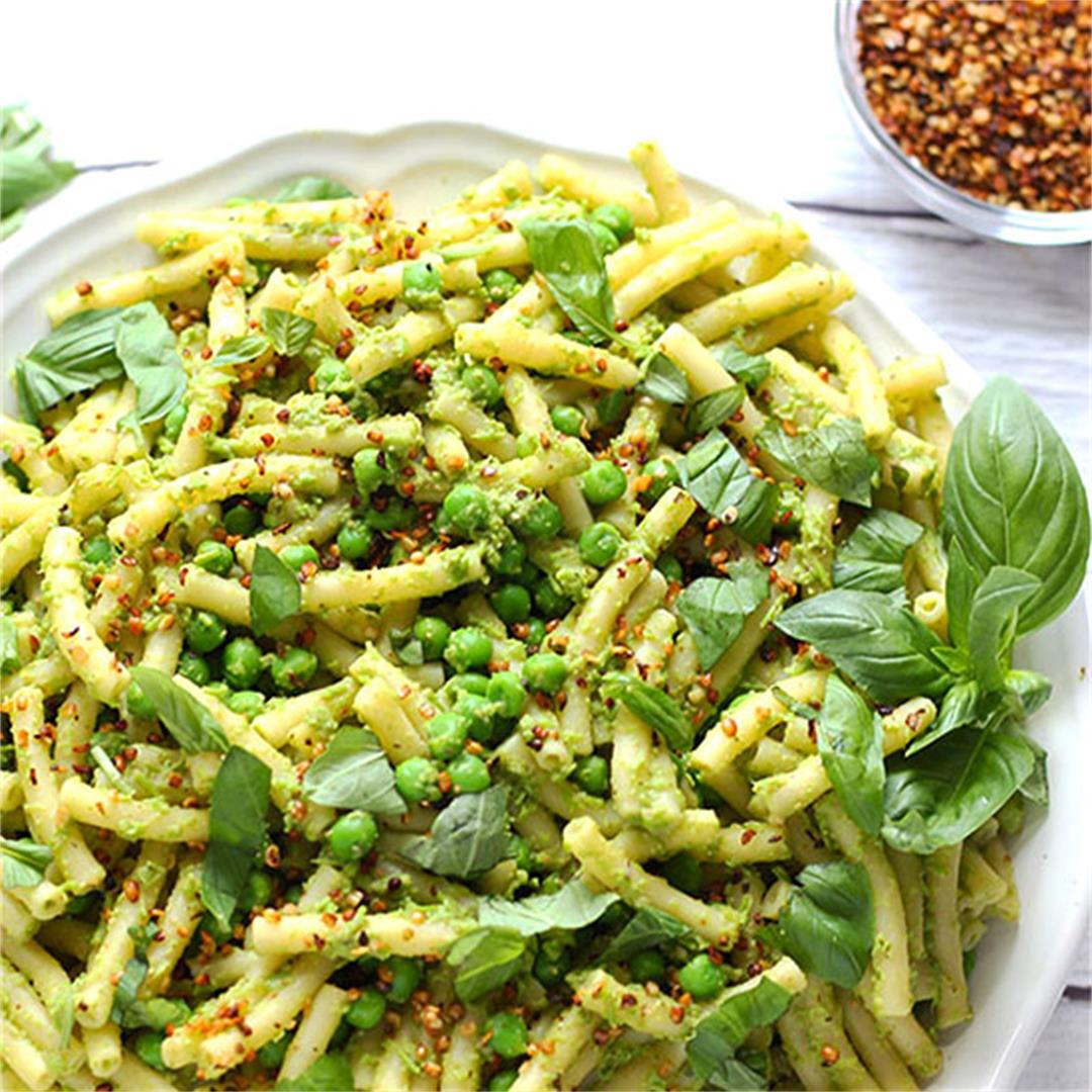 stovetop mac and peas (plant-based/oil free)