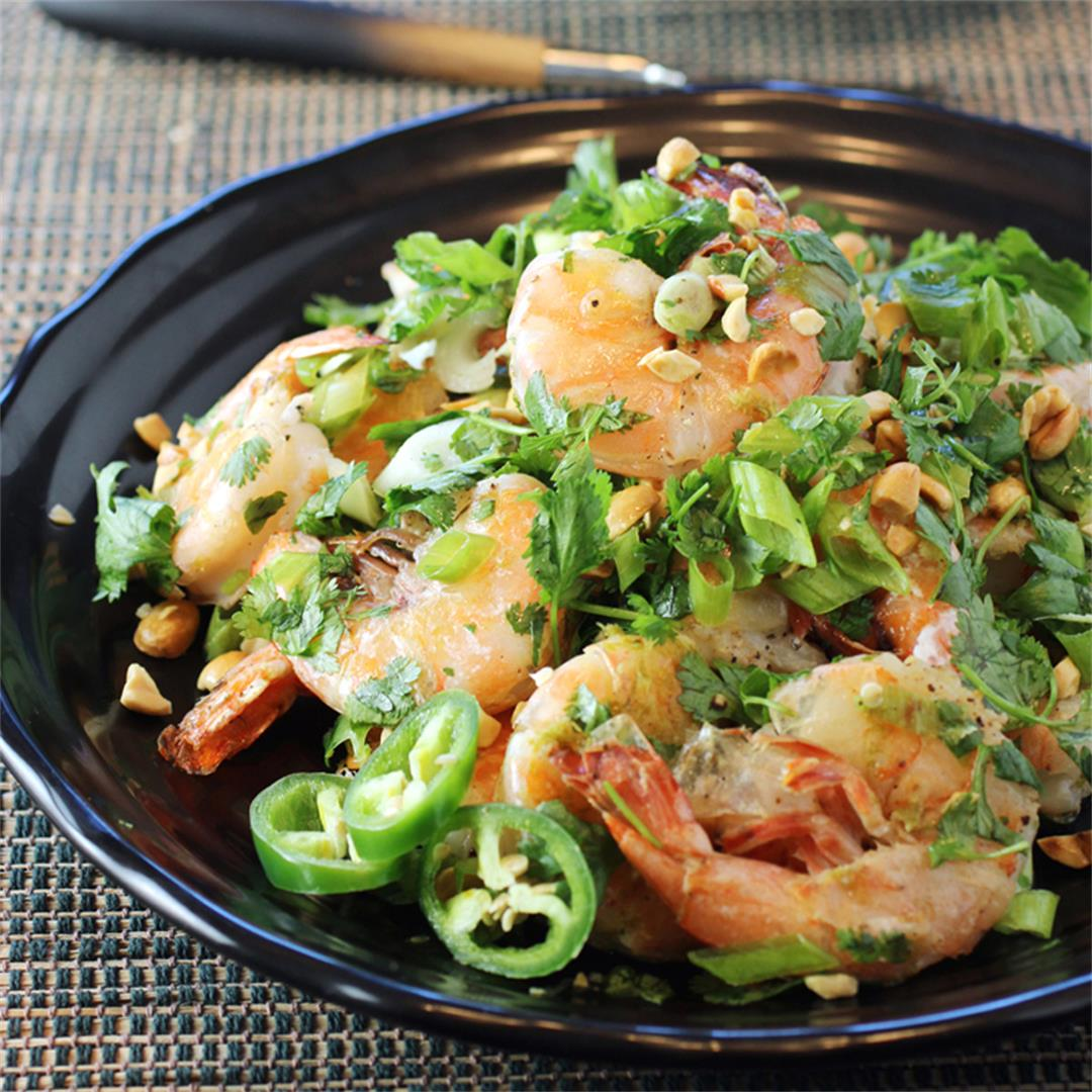 Shrimp with cilantro, lime and peanuts