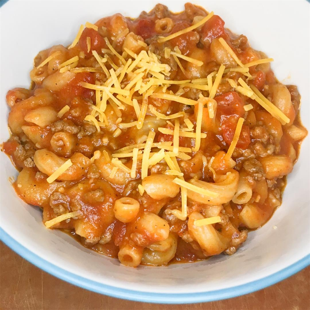 Delicious One Pot Cheesy Goulash
