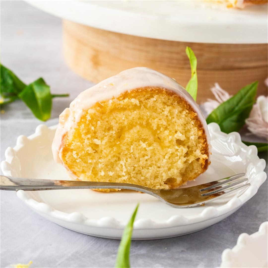 Fluffy Lemon Vanilla Butter Cake