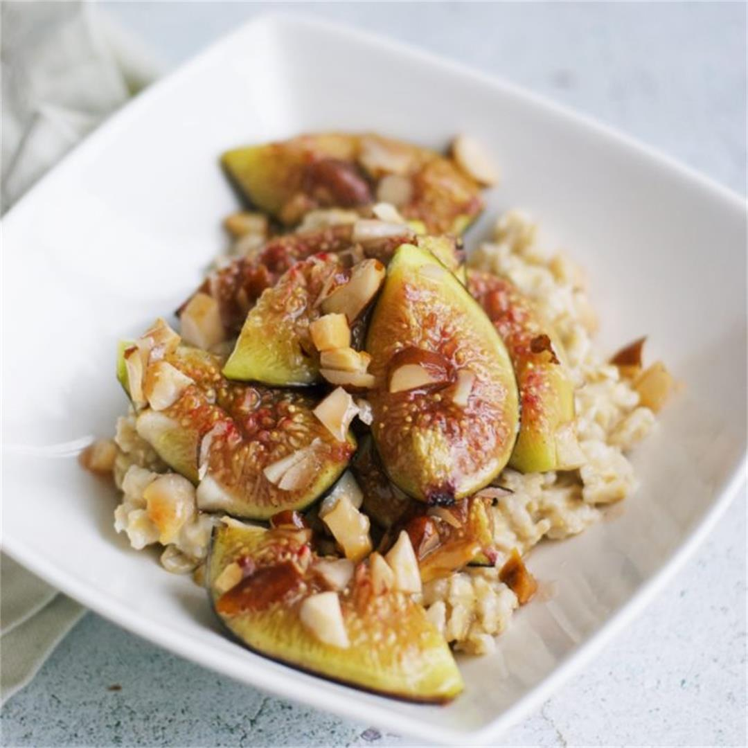 Roasted Figs And Oatmeal (With Honey Butter Sauce)