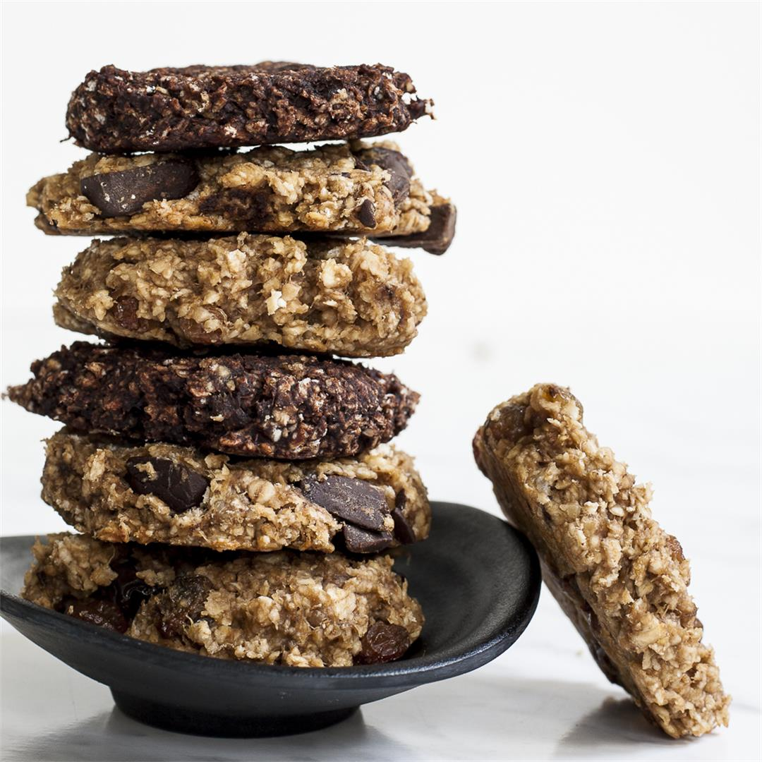 Banana Peanut Butter Oatmeal Cookies (+3 Add-In Options)