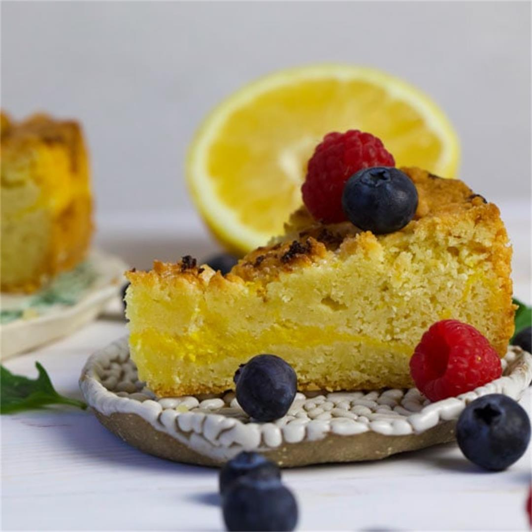 Low Carb Lemon Curd Teacake