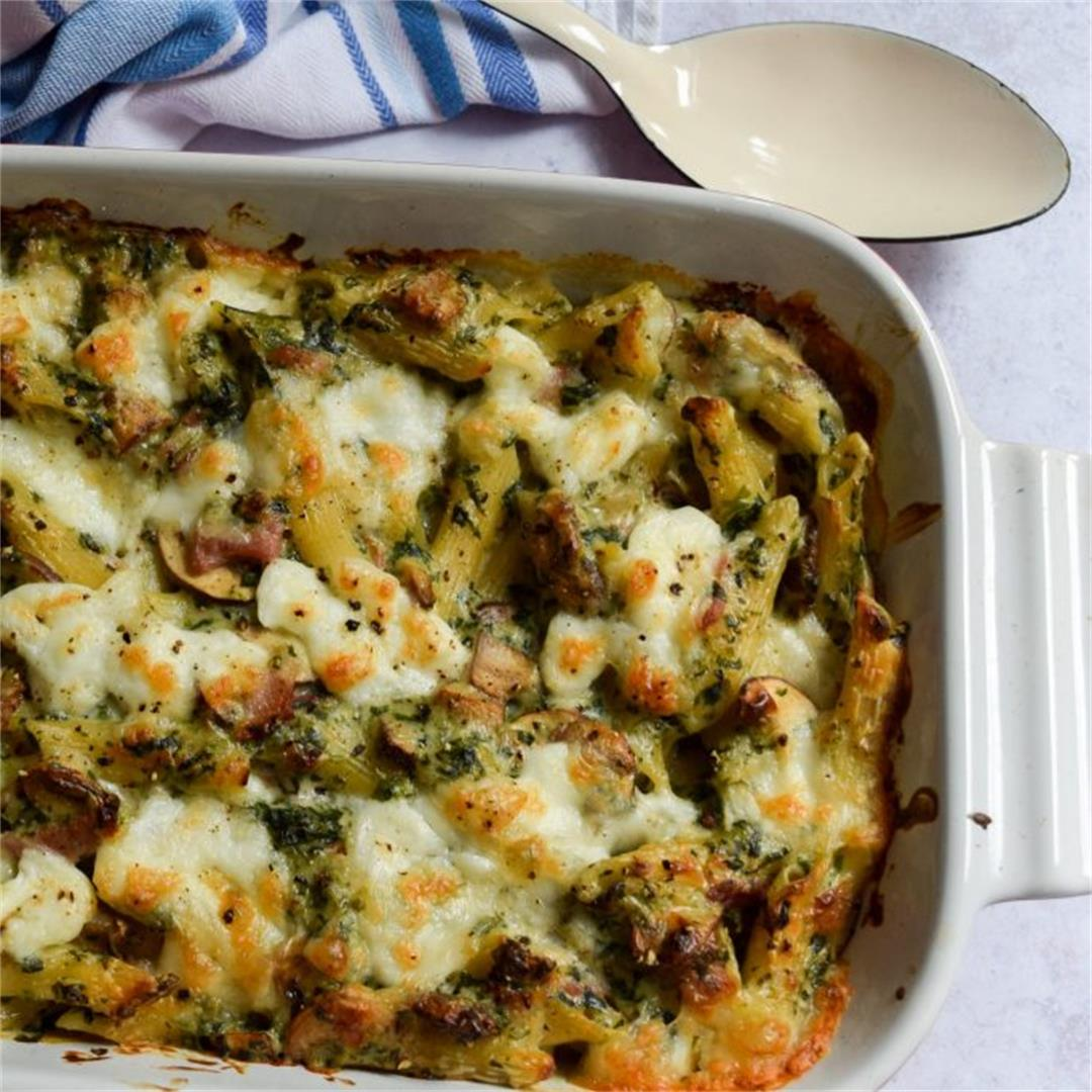 Student Suppers: Creamy Bacon, Mushroom & Spinach Pasta Bake