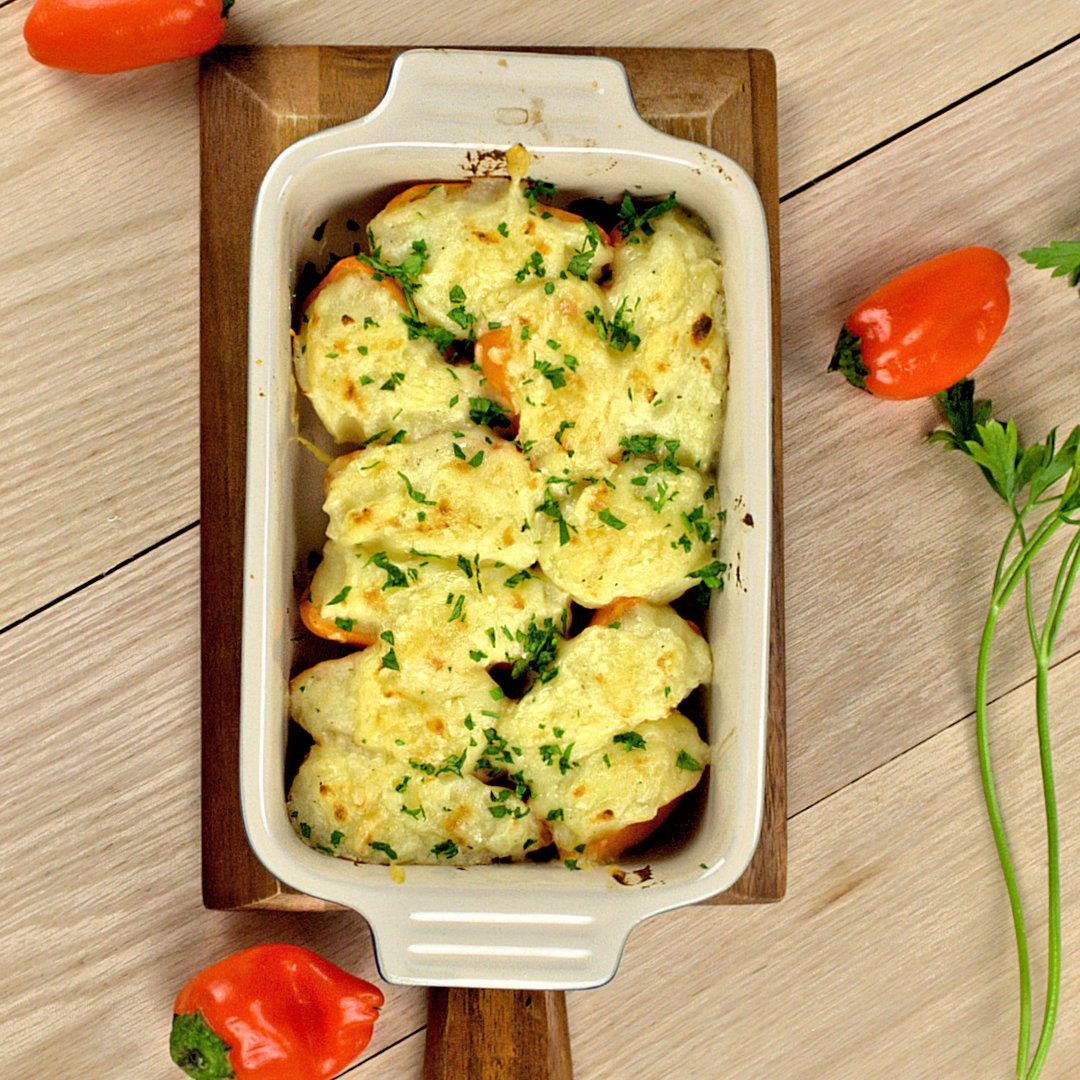 Sweet Peppers Filled with Cheese-Potato Mash – A Gourmet Food B